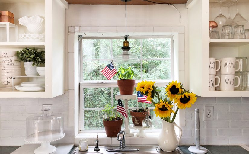 Flowers & Flags – Memorial Day