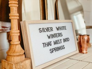 Simple Way to Add Winter Decor to Your Home